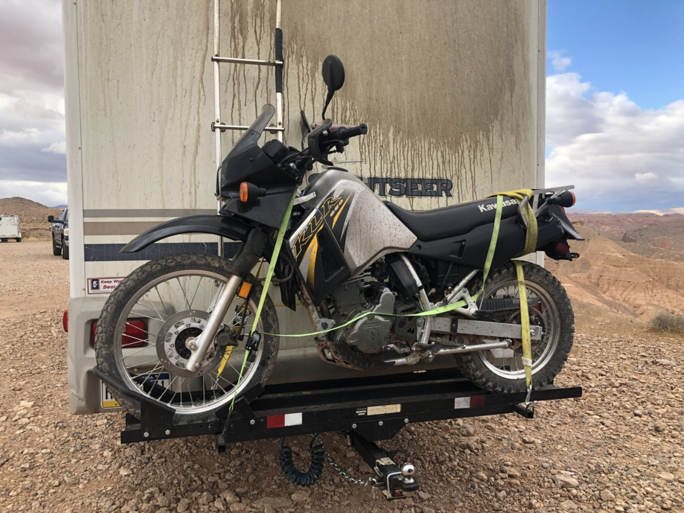 How To Flat Tow While Using A Motorcycle Rack Rv Motorcycle Carrier Wanderusliving